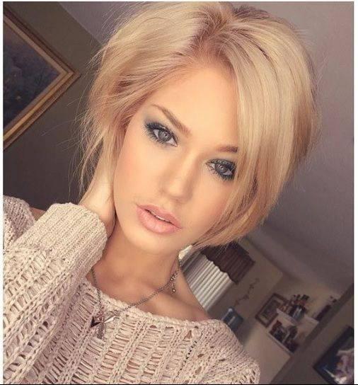 با رنگ موی بلوند چگونه باید آرایش کنیم؟