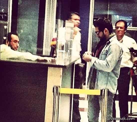 بهرام رادان در فرودگاه در حال بازگشت به ایران