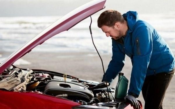 بررسی سلامت باتری خودرو