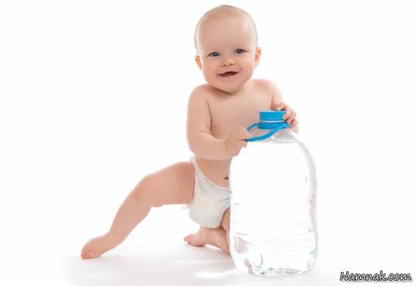 کم آبی نوزادان