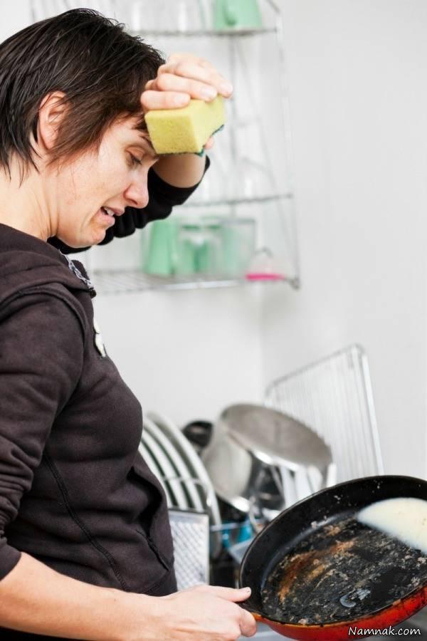 تمیز کردن ظروف سوخته