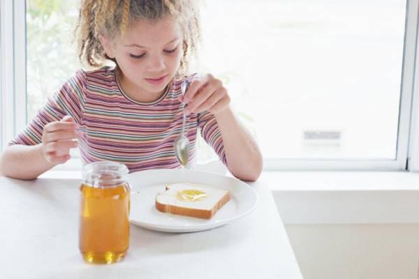 تشخیص عسل طبیعی با نان