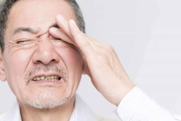 مشکلات چشم