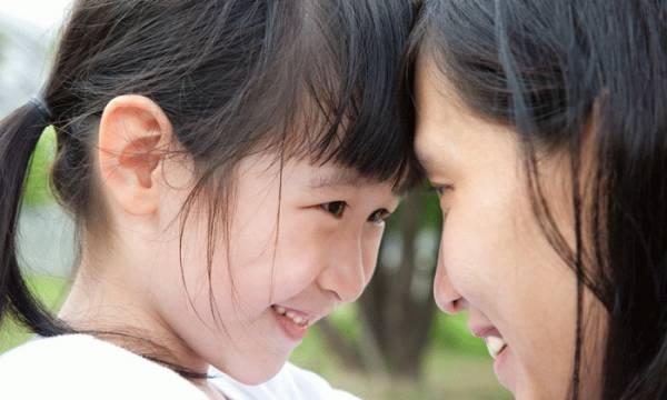 صحبت مادر و کودک