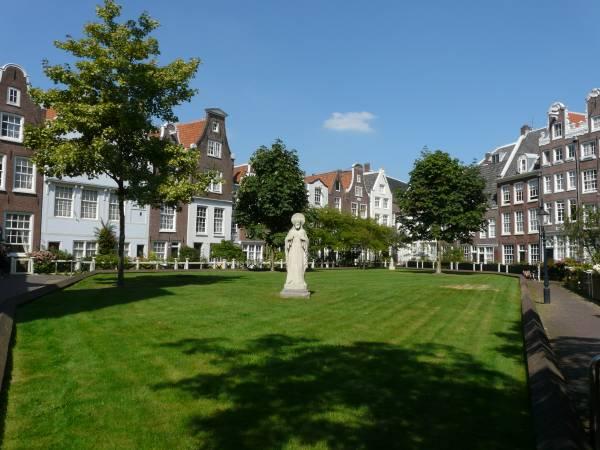 کلیسای Begijnhof