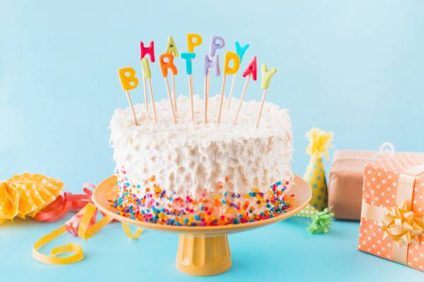 کیک جشن تولد