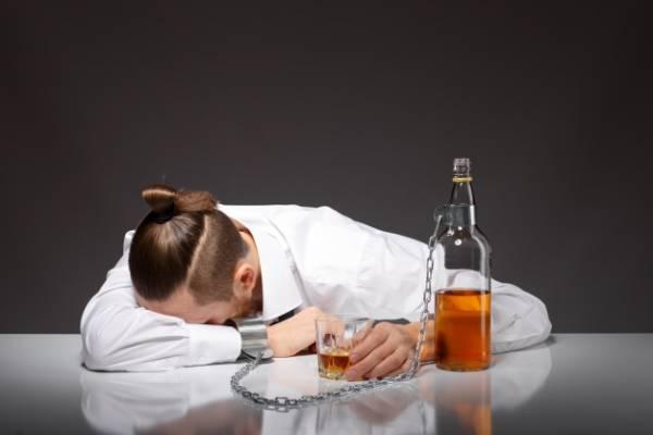 علت مصرف الکل