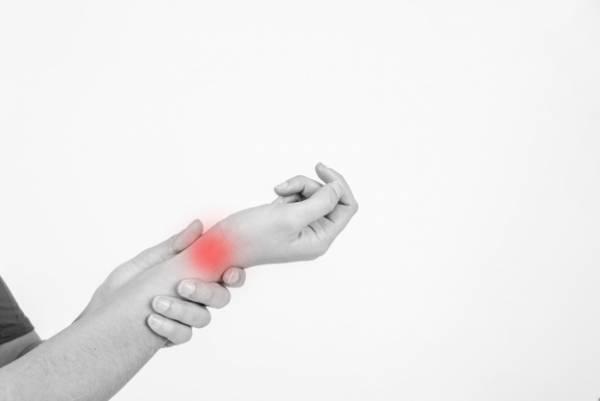 علت درد دست