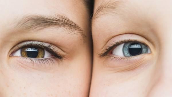 احساس و عوامل محیطی، که رنگ چشم را تغییر می دهد