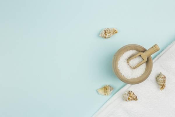 شستن لباس با نمک