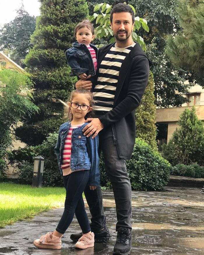 شاهرخ استخری و دخترانش