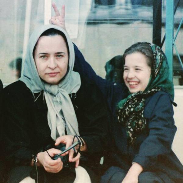 مهراوه شریفی نیا و مادرش