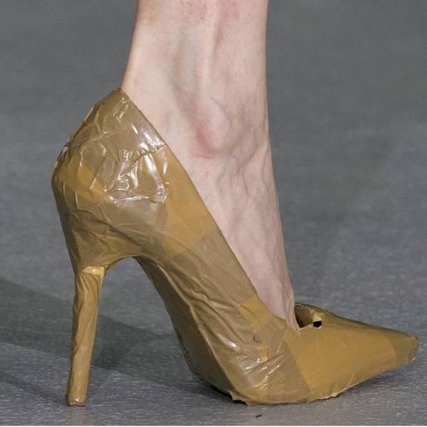 کفش کاغذی
