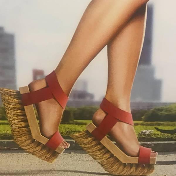 کفش فرچه ای
