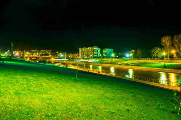 پارک لاله و تصاویر همدان
