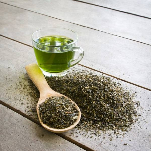 مضرات چای سبز