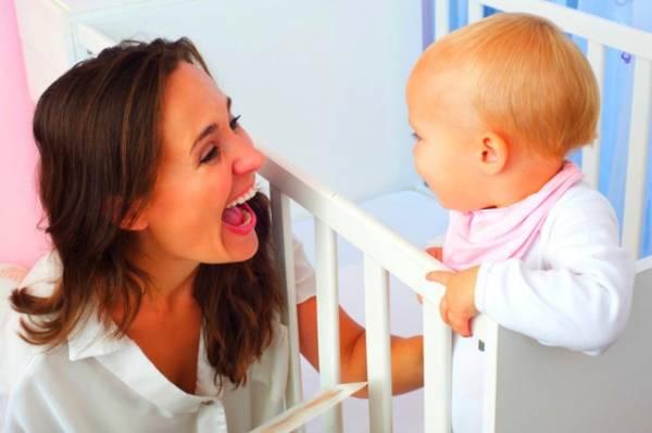 دلایل دیر حرف زدن کودک