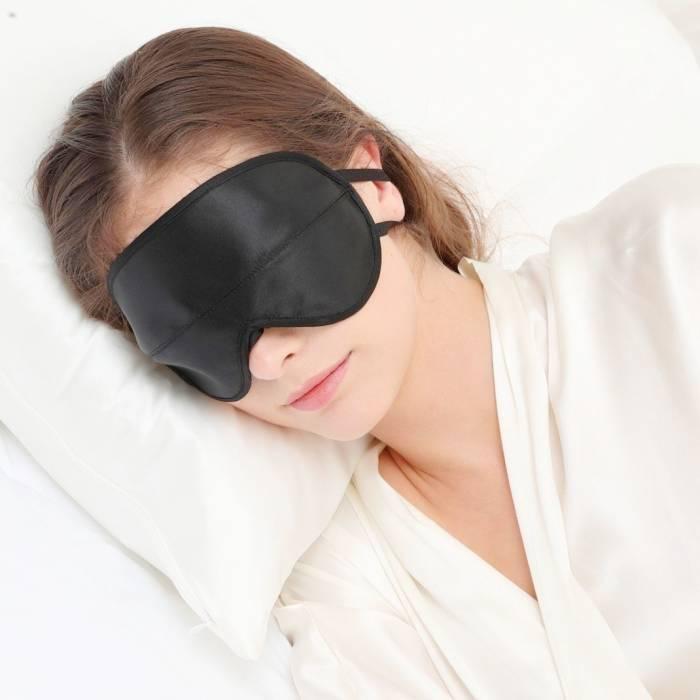 فواید چشم بند خواب