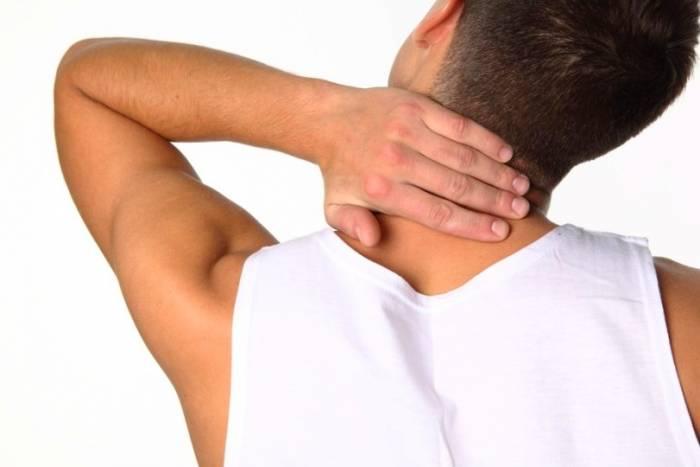 شکستن قولنج گردن