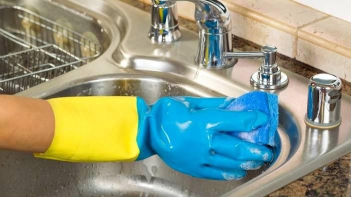 تمیز کردن منزل