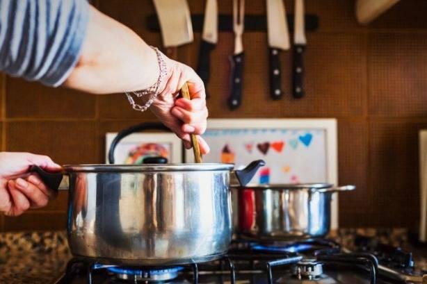 آشپزی کردن