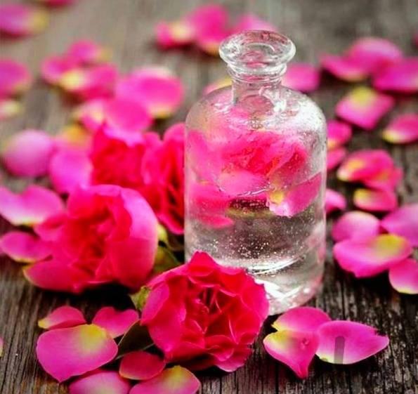 فواید مصرف گلاب