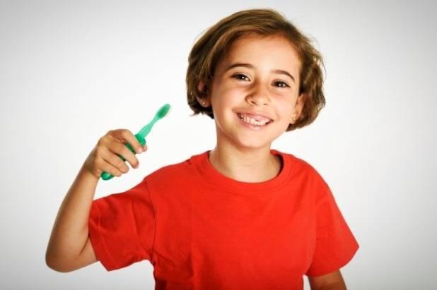علت عوض شدن رنگ دندان