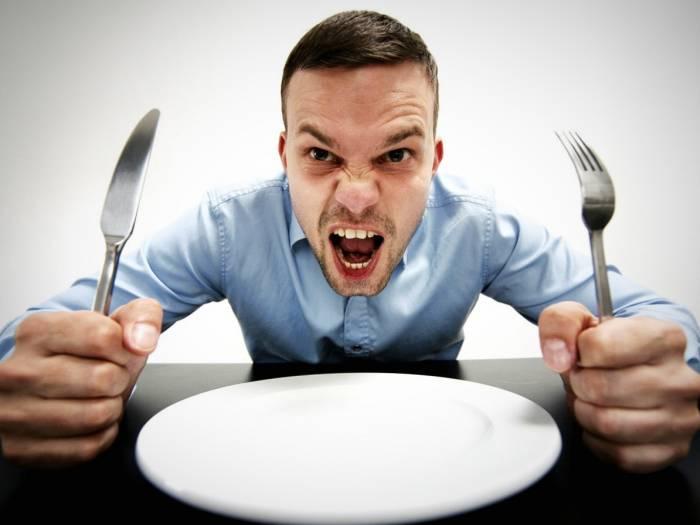 گرسنگی و عصبانیت