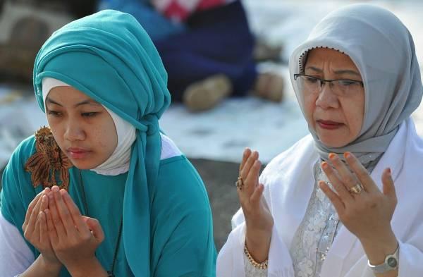 نماز خوان شدن بچه ها