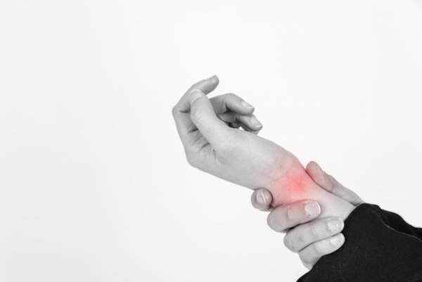 علائم استخوان درد