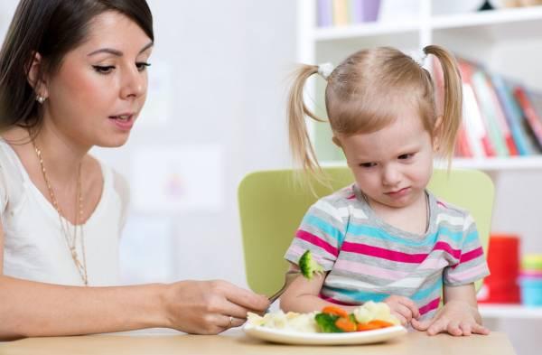 مشکلات خوردن کودک