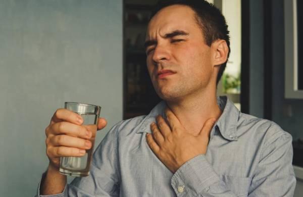 درد در گلو