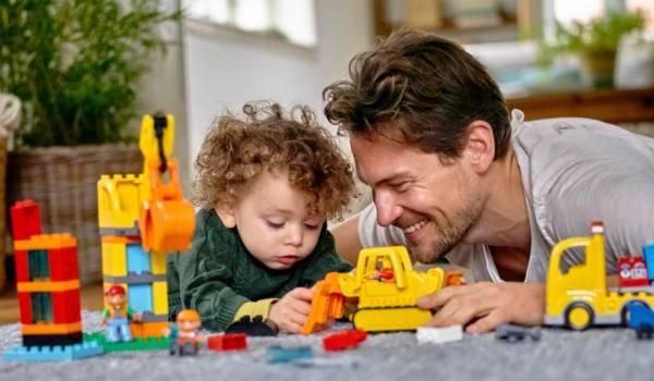 تاثیر بازی پدر با کودک