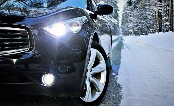 بررسی چراغ خودرو