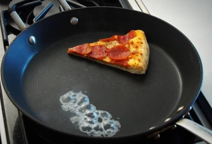 گرم کردن پیتزا