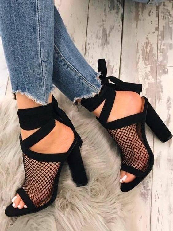 کفش توری