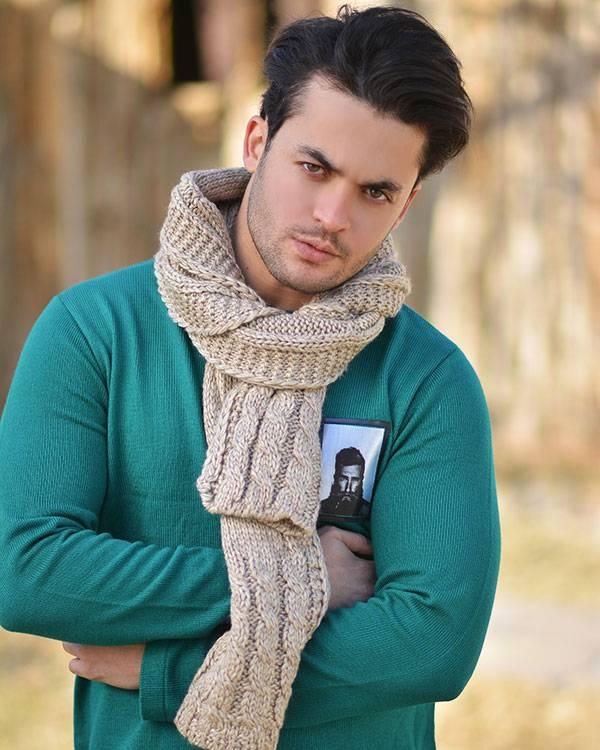 مدل های جدید بافتنی شال گردن مردانه