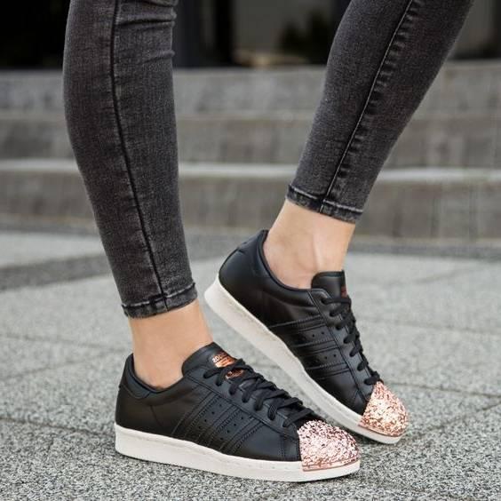 قلق های ست کردن انواع مدل کفش با لباس + عکس