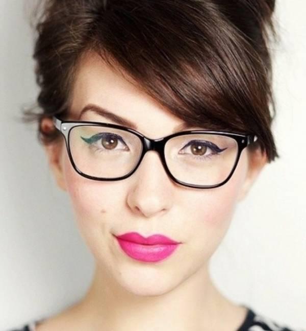 خط چشم عینکی ها