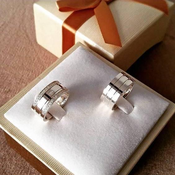 حلقه ازدواج سفید