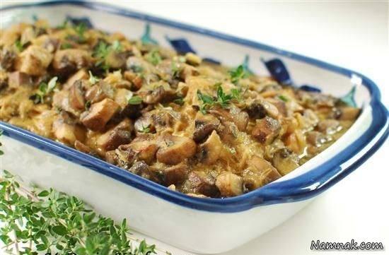 خوراک مرغ با جو و قارچ