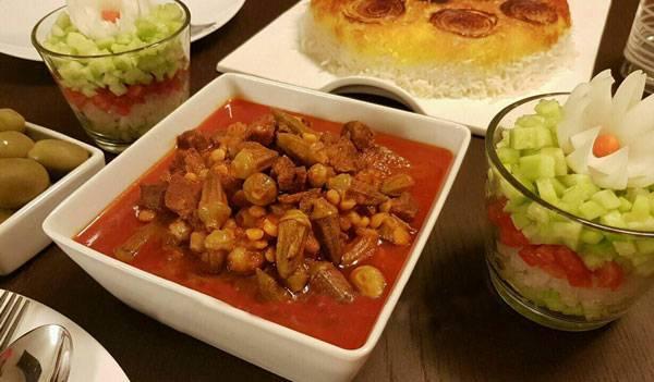 طرز تهیه خورشت بامیه خوشمزه با گوشت و مرغ
