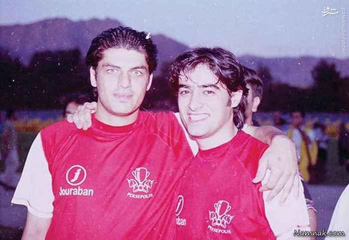 شهاب حسینی و پژمان بازغی با لباس پرسپولیس