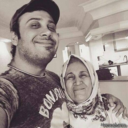 محسن چاوشی و مادرش