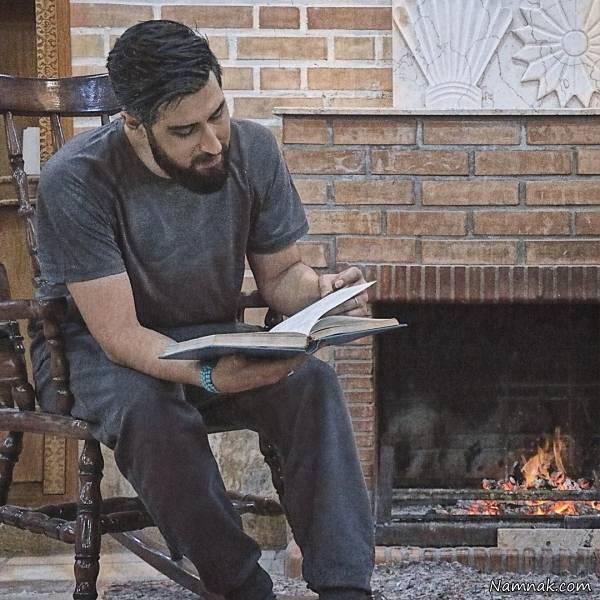 کتاب خواندن حامد زمانی