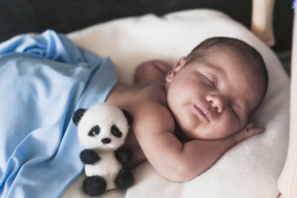 مشکلات خواب نوزاد