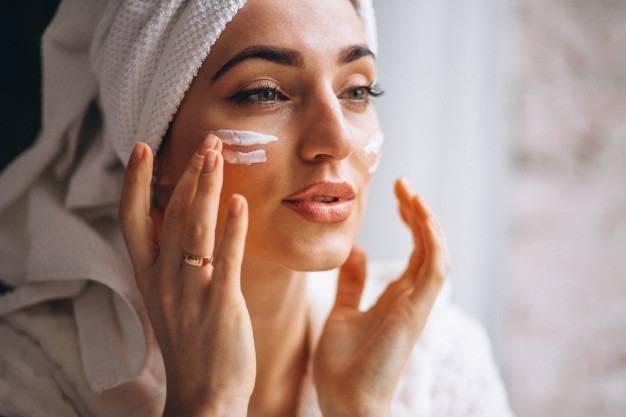 ماسکهای مناسب قبل از آرایش (درمان خانگی و سنتی)