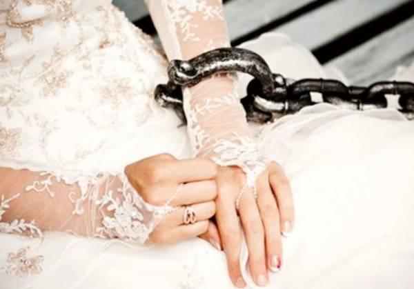 مجبور کردن به ازدواج