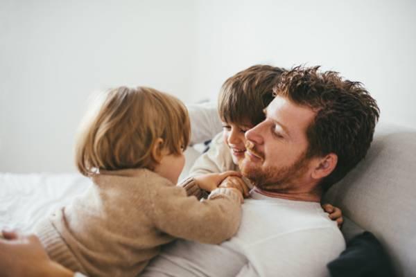پدرها (مستند)