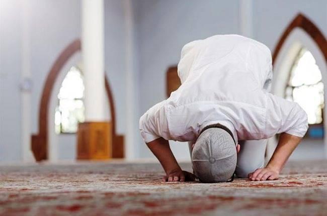 نماز تحیت مسجد جمکران